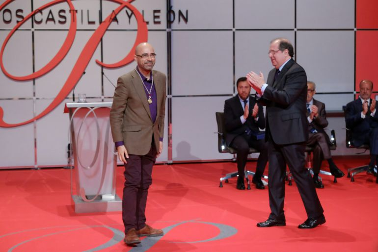 Premios Castilla y León: Versos de agradecimiento