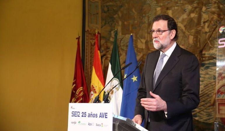 """Mariano Rajoy clausura el acto del 25 aniversario del AVE organizado por la Cadena SER: """"El AVE es un éxito colectivo que ha vertebrado a España"""""""