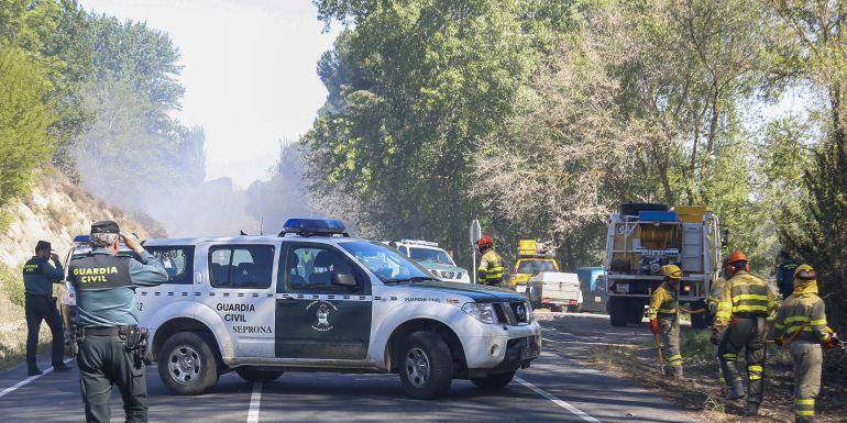 Un incendio en Salamanca obliga al corte de una carretera