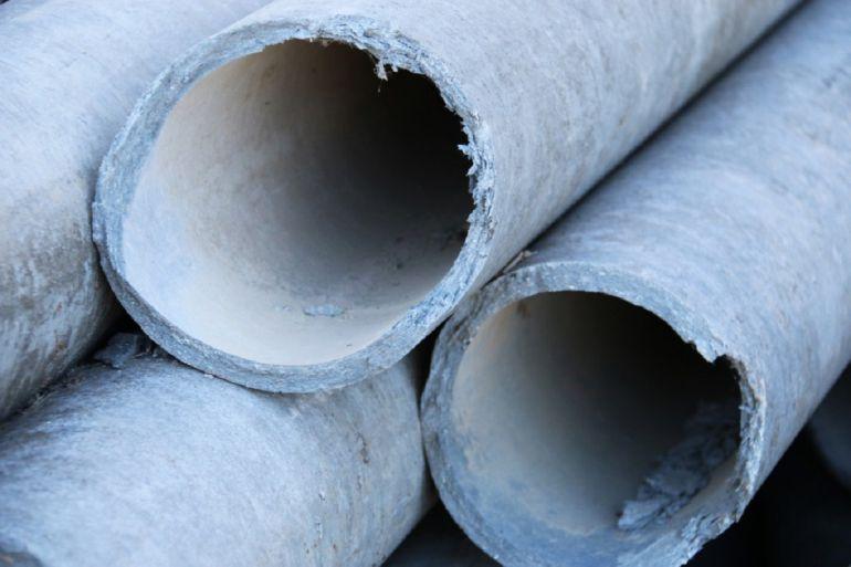 Resultado de imagen de El amianto sigue en las tuberías de agua potable