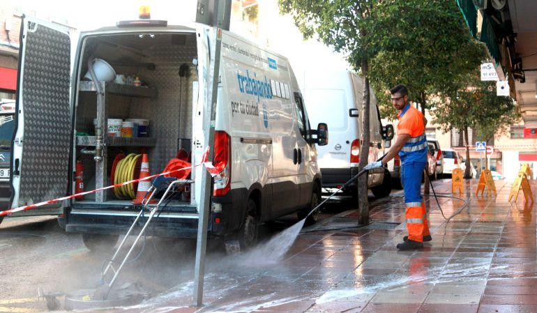 Limpieza en las calles de Alcobendas
