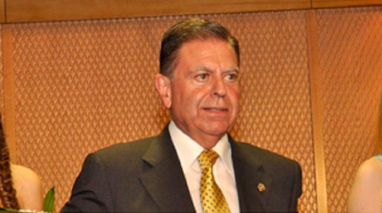 El presidente del Centro Asturiano vuelve a reclamar un nuevo convenio con el Ayuntemiento de Oviedo
