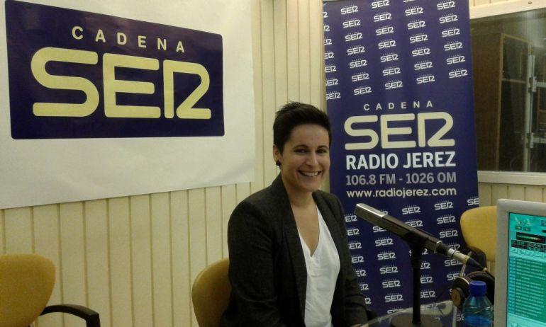 Miriam Reyes, autora del documental, en Radio Jerez