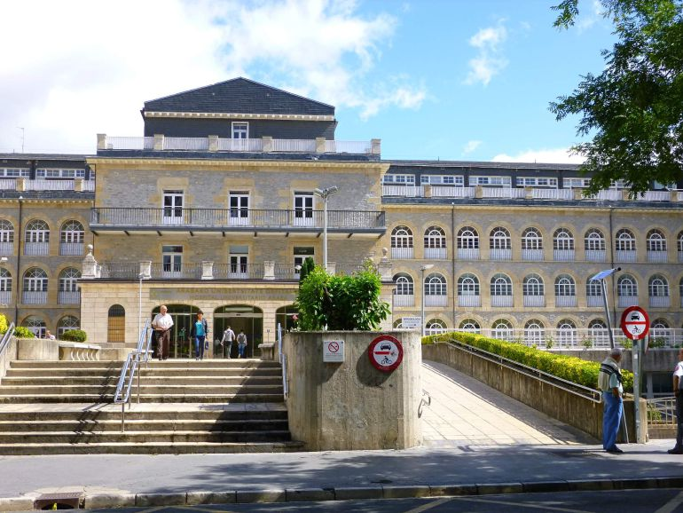 Hospital de Santiago de Vitoria