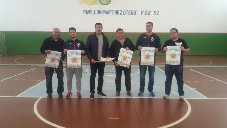 Presentación  del campus de baloncesto y del campamento multideportivo que se celebra en Foz entre el 30 de julio y el 5 de agosto