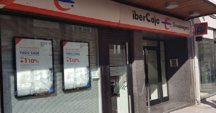 Acuerdo en el ere de ibercaja con la salida de 590 for Oficinas de ibercaja en madrid