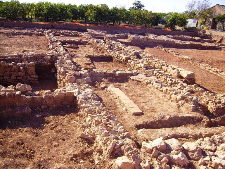 El hallazgo arqueológico se produjo en noviembre del año 2009 durante las obras del encauzamiento del barranco de Fraga