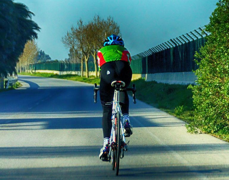 Los ciclistas, el elemento más vulnerable sobre la calzada.