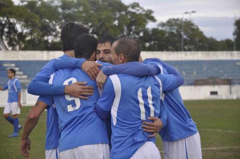 Jugadores del Xerez CD celebrando un gol en La Juventud