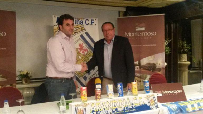 Diego Rojas (i.) junto al presidente, Pedro García