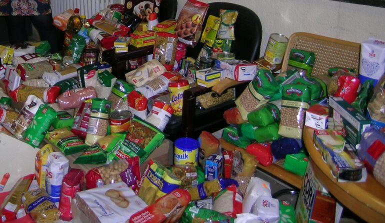 El Ayuntamiento inicia el reparto de la campaña de alimentos 2017