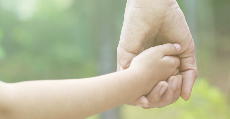 El Servicio de Menores reconoce que faltan familias para acoger niños tutelados por la Junta