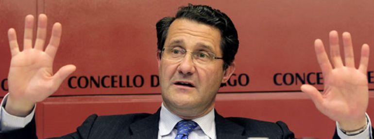 Conde Roa y Albino Vázquez declararán por la supuesta financiación ilegal del PP de Santiago