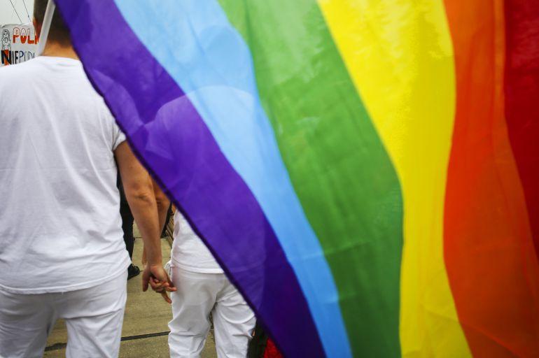 Grave agresión a un joven transexual en unos baños publicos de la Feria de Jerez