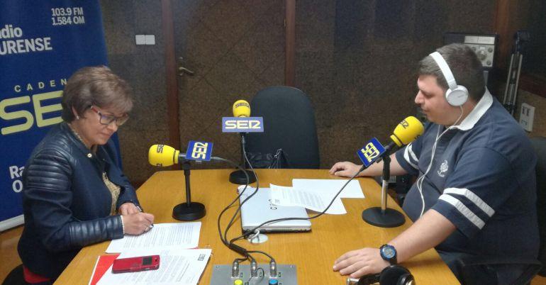 Elvira Lama en los estudios de Radio Ourense