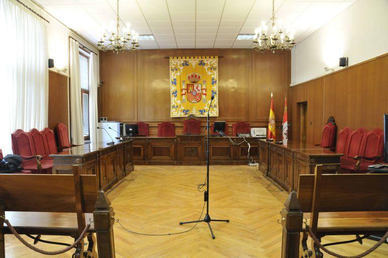 Sala de la Audiencia Provincial de Segovia donde se ha celebrado el juicio por los presuntos abusos sexuales continuados a un menor