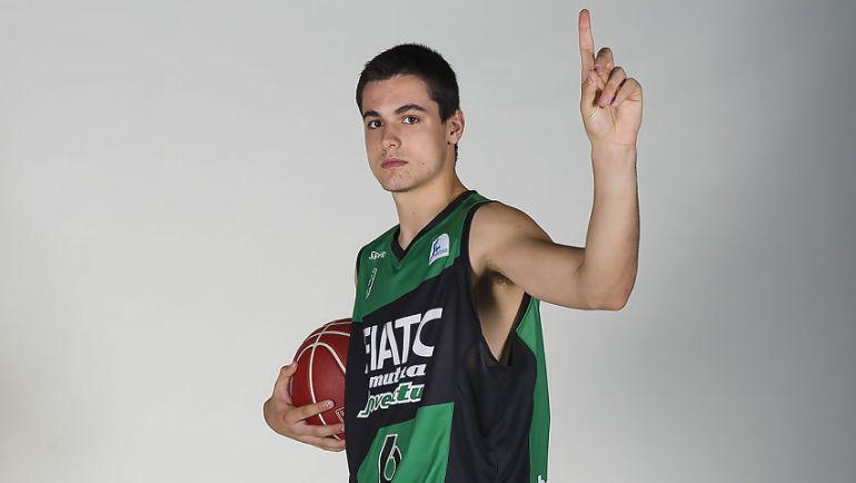 El alero vigués sigue creciendo y ya es una promesa del basket español
