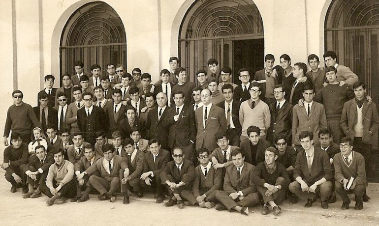 Promoción de maestros (solo chicos) de 1967.