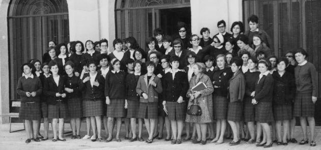Promoción de maestras (solo chicas) de 1967.