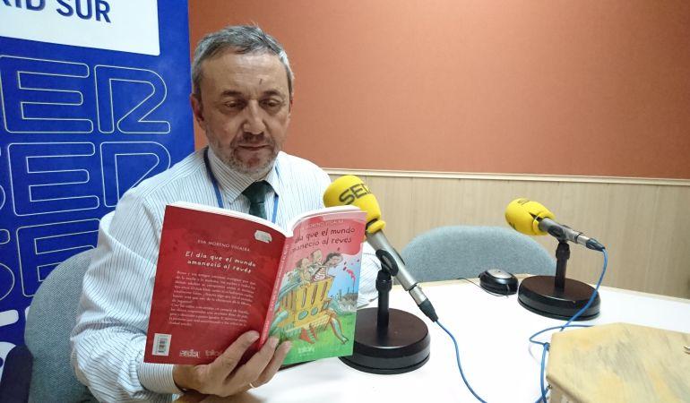 José Manuel Contreras, responsable de 'Rincón literario'