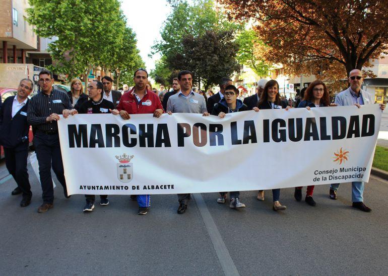 Más de 500 personas participan en la XI Marcha de la Igualdad
