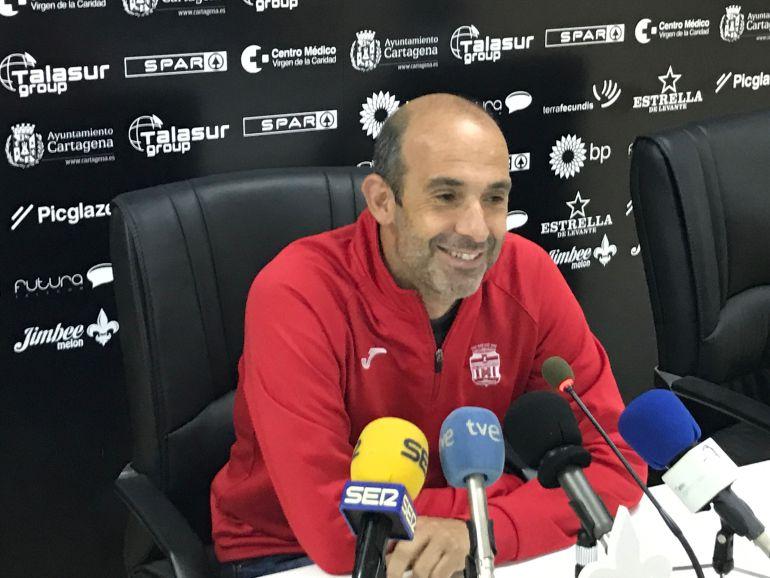 """Monteagudo: """"La consigna es ganar y no recibir gol para recuperar sensaciones"""": Monteagudo: """"En esta eliminatoria hay que pensar que cada balón es el último"""""""