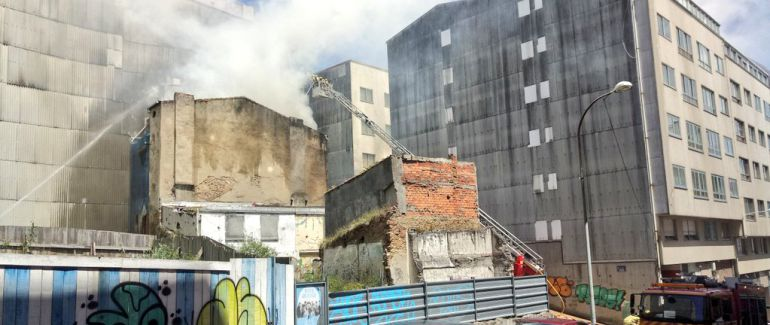 Casa incendiada en La Falperra