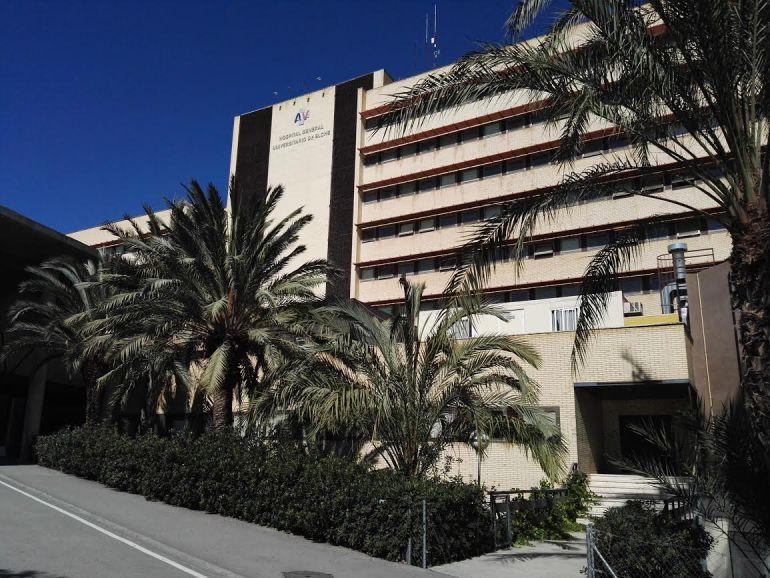 Fachada del Hospital General de Elche
