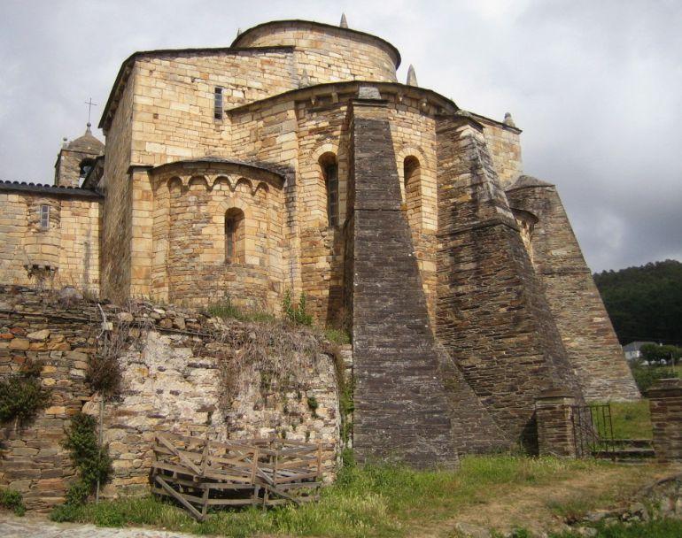 Imagen de la basílica de San Martiño en Foz, Lugo.