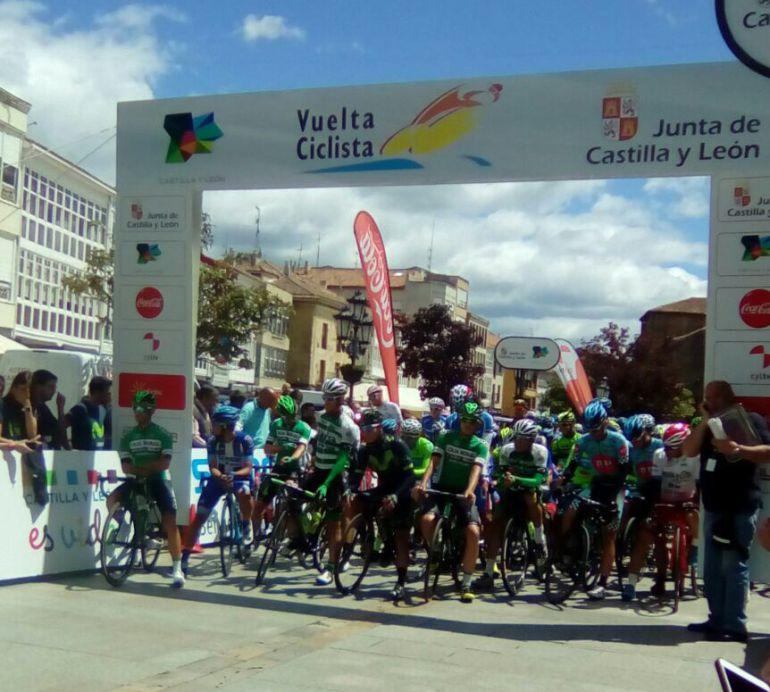 Salida de la Vuelta en Aguilar de Campoo (Palencia)