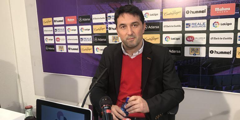 Braulio en su despedida del Valladolid éste mediodía antes de emprender rumbo a Pamplona