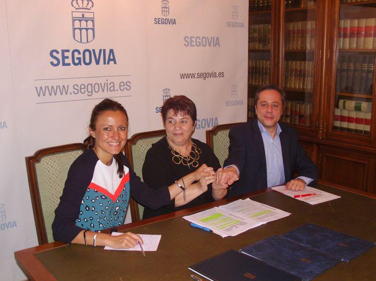 Ayuntamiento Segovia y Fundación Caja Rural firman un convenio de colaboración para fomentar el empleo.