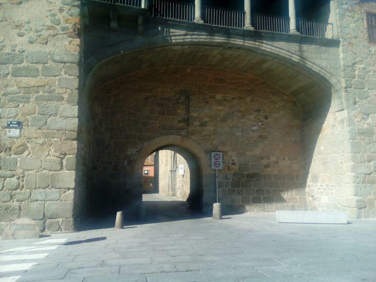 Arco del Rastro de la Muralla de Ávila donde se han producido los daños