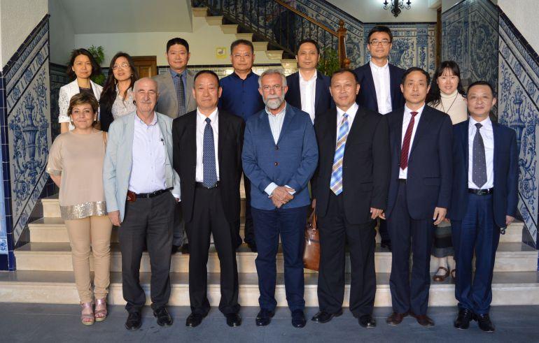 El alcalde de Talavera se reúne con funcionarios chinos