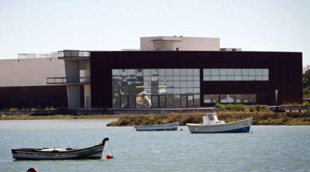 Fachada de la sede donde irá El Barco
