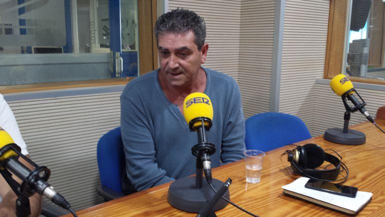 Inocencio González en los estudios de la SER