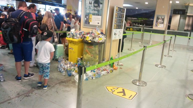 Imagen de la zona de embarquue del Aeropuerto de Ibiza