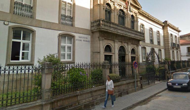 Hay ayudas para los niveles de Primaria, ESO y Educación Especial. En la imagen el Instituto Otero Pedrayo.