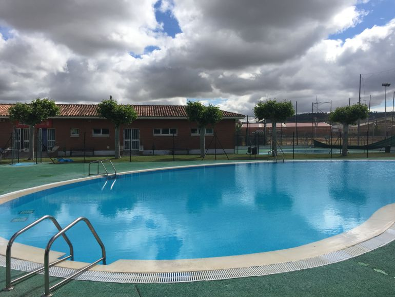 La temporada de piscinas comienza en palencia el 15 de for Piscinas municipales palencia