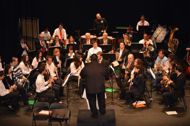 La banda de música Harmonía participa en el primer festival de marchas