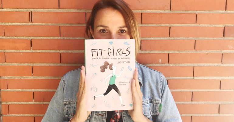 "La autora de ""Fit girls"""