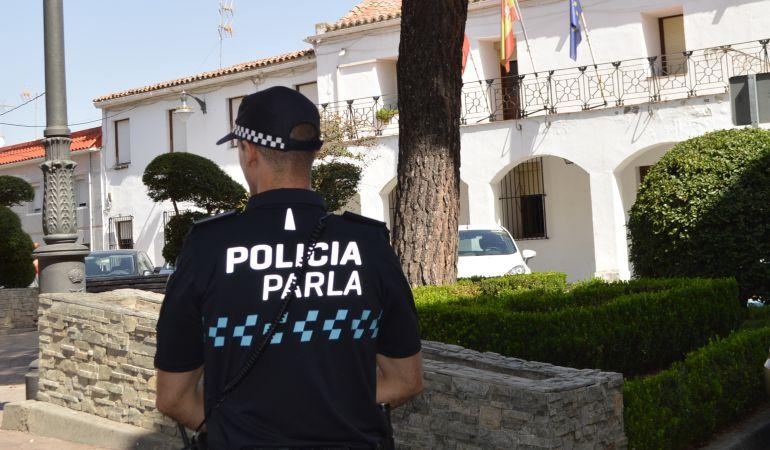 Los agentes llevaban desde 2011 sin nuevos uniformes