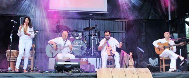 Patas de Peces en una de sus actuaciones