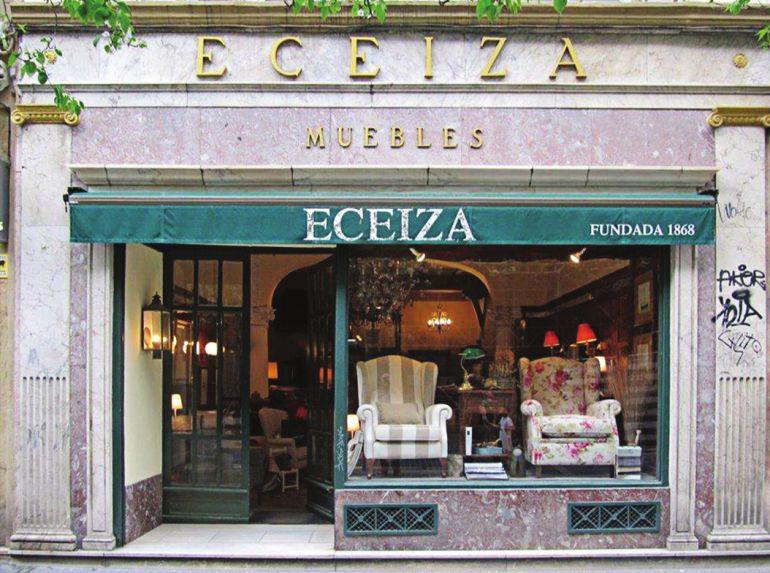 Fachada de Muebles Eceiza, otro de los establecimientos cuya inclusión en el PEPPUC ha sido solicitada por el Foro de Patrimonio.