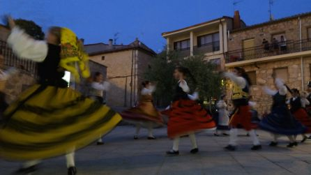 Las jotas castellanas no podían faltar en este evento