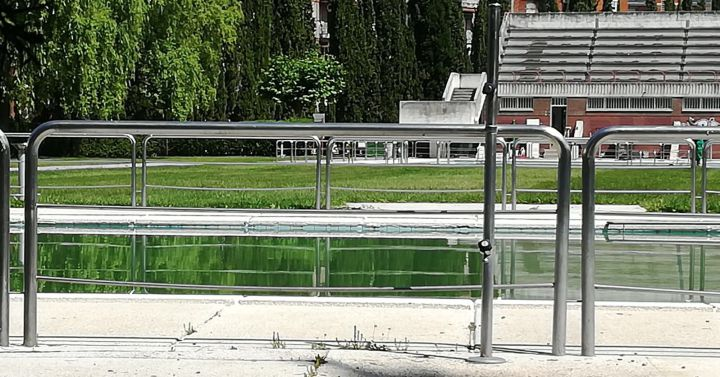 Mendo avala la adjudicaci n del contrato de las piscinas for Piscinas ponferrada