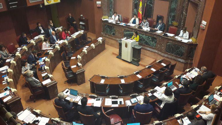 PP y Cs tumban la ley de Podemos y permitirán concertar Bachiller y FP el próximo curso