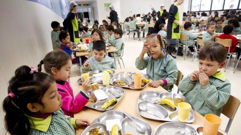 M s control para menos despilfarro en los comedores for El comedor escolar