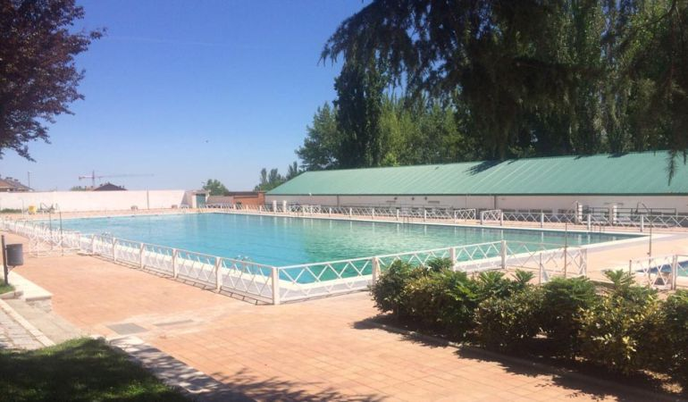 Abre la piscina de verano con wifi gratis ser madrid for Piscinas de verano madrid