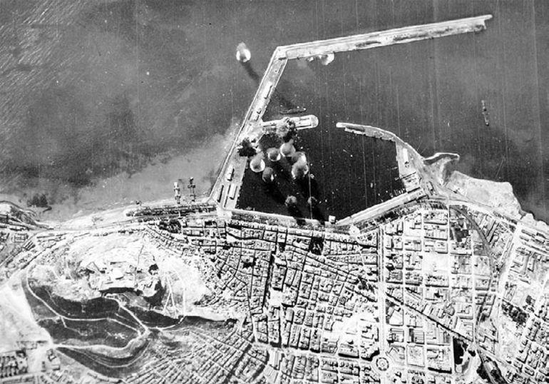 Bombardeo del puerto de Alicante durante la Guerra Civil